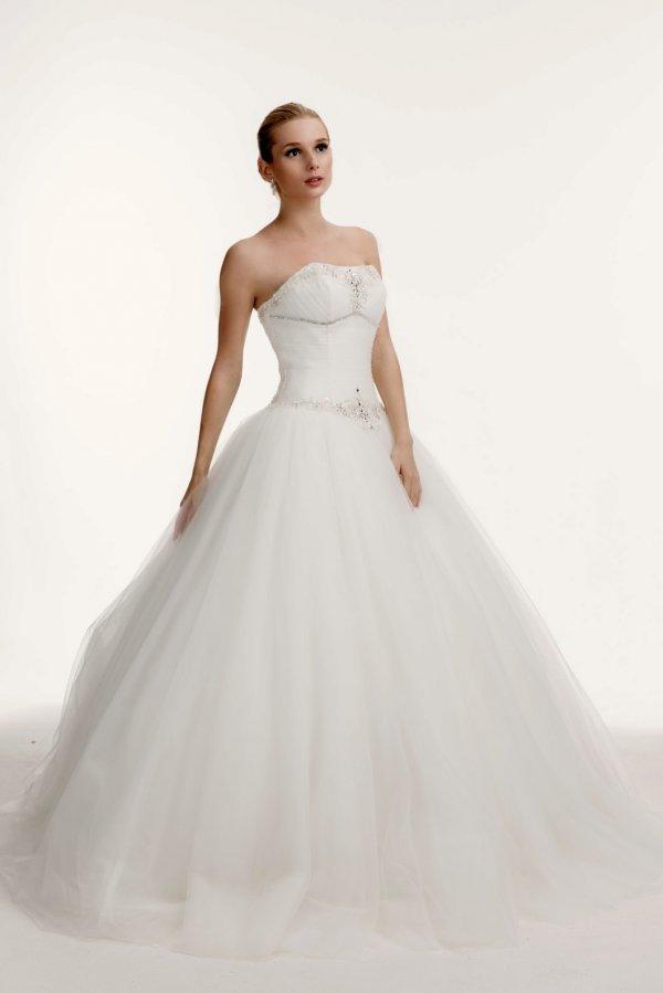 свадебные платья новая коллекция 2011