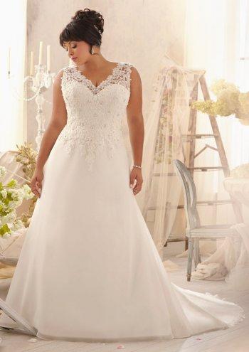 Свадебное платье для полных невест не белое